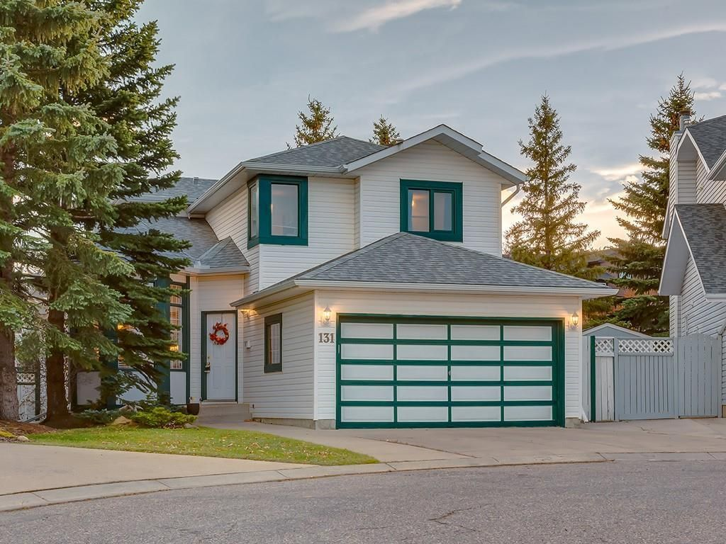 Main Photo: 131 MACEWANVALLEY Mews NW in Calgary: MacEwan Glen Detached for sale : MLS®# C4272957