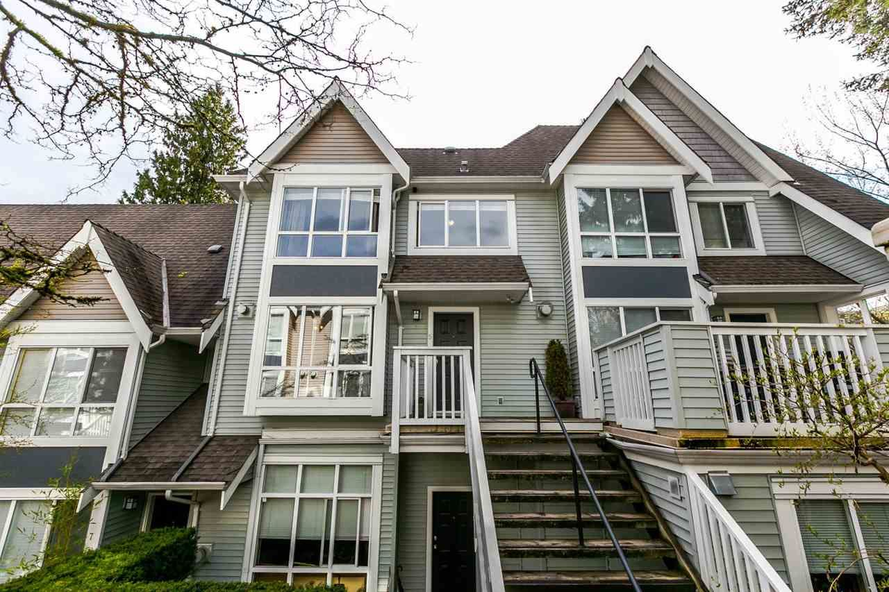 """Main Photo: 5 995 LYNN VALLEY Road in North Vancouver: Lynn Valley Townhouse for sale in """"RIVER ROCK"""" : MLS®# R2156356"""