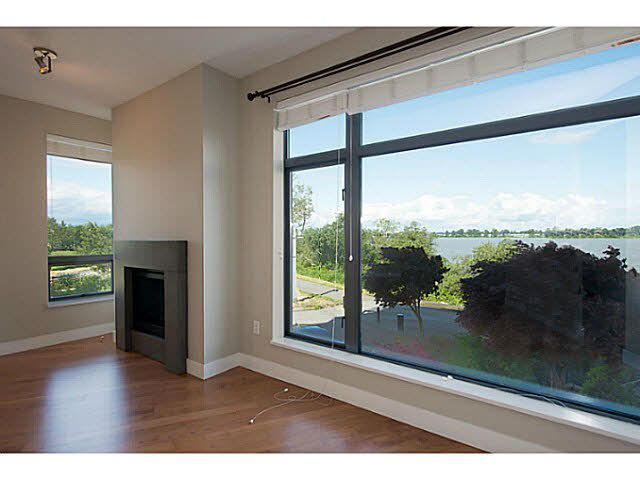 """Photo 7: Photos: 304 14300 RIVERPORT Way in Richmond: East Richmond Condo for sale in """"Waterstone Pier"""" : MLS®# V1098515"""