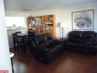 "Photo 3: 210 1280 FIR Street: White Rock Condo for sale in ""Ocean Villa"" (South Surrey White Rock)  : MLS®# F1122357"