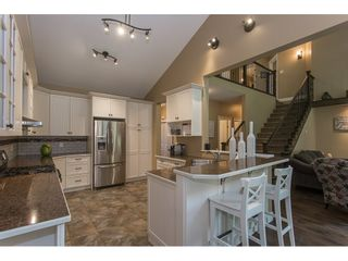 Photo 5: 8465 BRADSHAW PLACE in Chilliwack: Eastern Hillsides House for sale : MLS®# R2177262