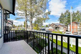 """Photo 2: 2 6929 142ND Street in Surrey: East Newton Townhouse for sale in """"REDWOOD"""" : MLS®# R2354348"""