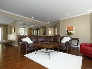 Photo 7: 11221 Hedgerow Dr in : NS Lands End House for sale (North Saanich)  : MLS®# 872694