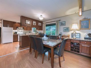 "Photo 5: 8 2306 198 Street in Langley: Brookswood Langley Manufactured Home for sale in ""Cedar Lane Park"" : MLS®# R2237206"