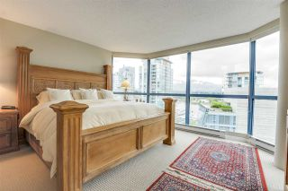 """Photo 13: 902 1415 W GEORGIA Street in Vancouver: Coal Harbour Condo for sale in """"Palais Georgia"""" (Vancouver West)  : MLS®# R2163813"""