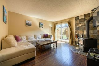 Photo 2: 15 39752 GOVERNMENT ROAD in Squamish: Northyards Townhouse for sale : MLS®# R2363911