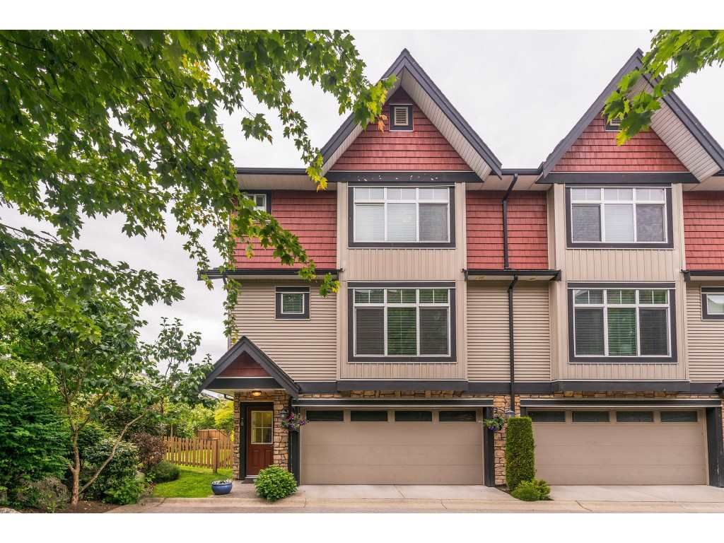 "Main Photo: 70 6299 144 Street in Surrey: Sullivan Station Townhouse for sale in ""Altura"" : MLS®# R2377802"