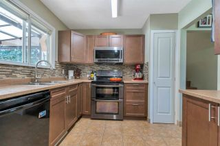 Photo 3: 2146 WILDWOOD Street in Abbotsford: Central Abbotsford House for sale : MLS®# R2590187
