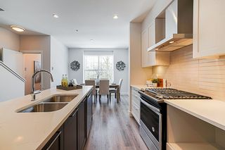 """Photo 5: 41 20451 84 Avenue in Langley: Willoughby Heights Townhouse for sale in """"Walden"""" : MLS®# R2354353"""