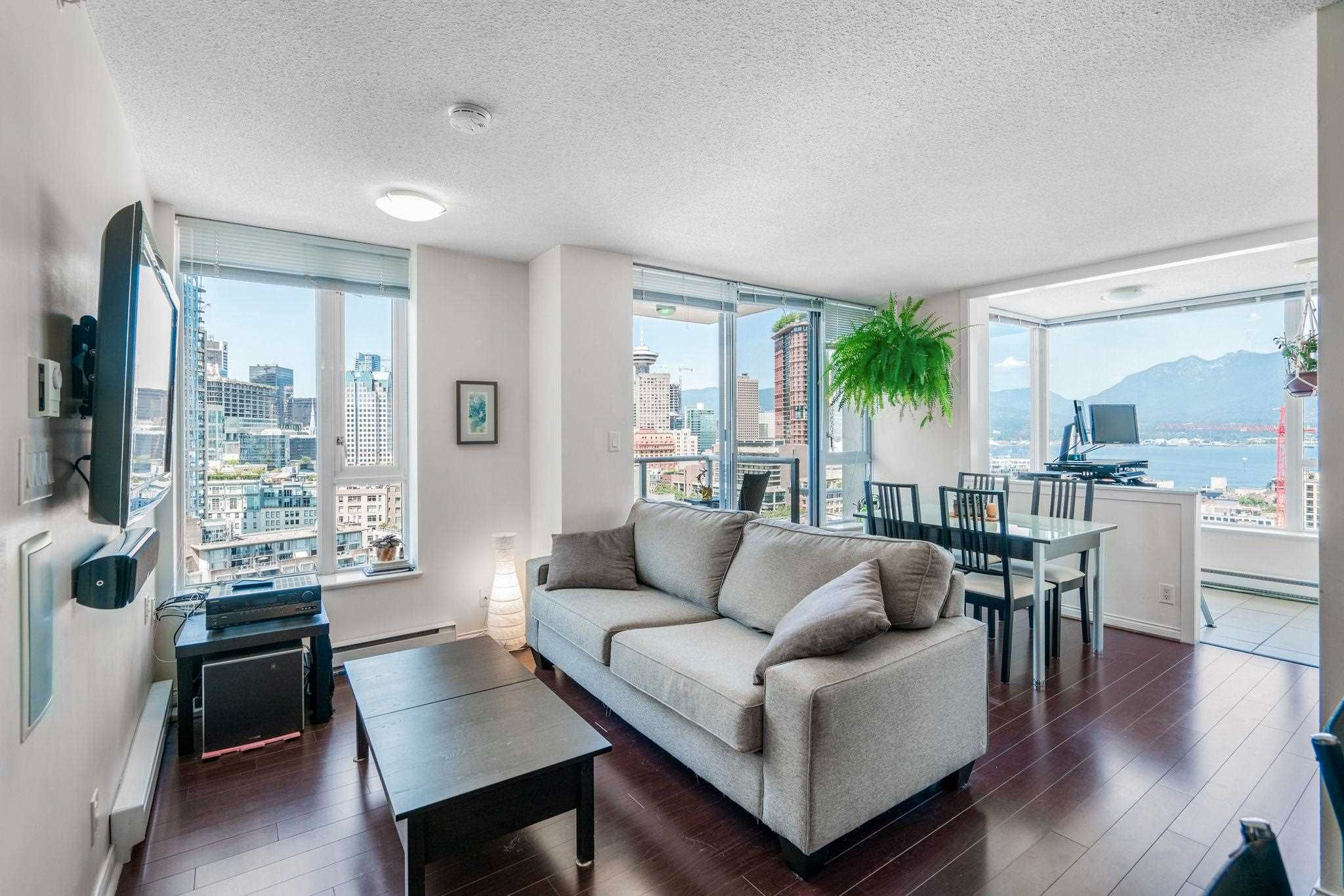 """Main Photo: 2204 550 TAYLOR Street in Vancouver: Downtown VW Condo for sale in """"Taylor"""" (Vancouver West)  : MLS®# R2621332"""