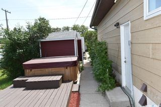 Photo 33: 300 Maple Road East in Nipawin: Residential for sale : MLS®# SK861172