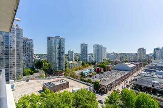 """Photo 21: 1409 977 MAINLAND Street in Vancouver: Yaletown Condo for sale in """"YALETOWN PARK 3"""" (Vancouver West)  : MLS®# R2595061"""