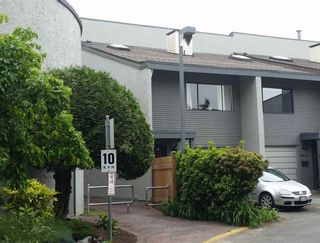 Photo 17: 4882 TURNBUCKLE WYND in Delta: Ladner Elementary Townhouse for sale (Ladner)  : MLS®# R2072644