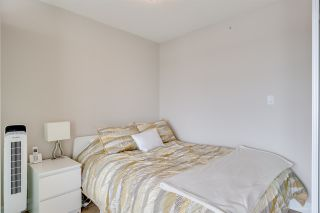 """Photo 8: 611 1783 MANITOBA Street in Vancouver: False Creek Condo for sale in """"The Residences at West"""" (Vancouver West)  : MLS®# R2155834"""