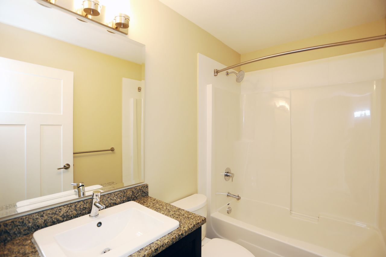 """Photo 21: Photos: 44 7059 210 Street in Langley: Willoughby Heights Townhouse for sale in """"Alder"""" : MLS®# R2263241"""