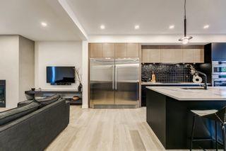 Photo 7: 10925 UNIVERSITY Avenue in Edmonton: Zone 15 House for sale : MLS®# E4266450