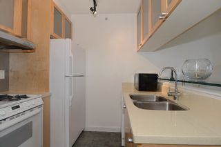Photo 2: 706 1003 BURNABY Street in Vancouver: West End VW Condo for sale (Vancouver West)  : MLS®# V977698