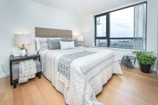 """Photo 17: 1705 1 RENAISSANCE Square in New Westminster: Quay Condo for sale in """"The Q"""" : MLS®# R2623606"""