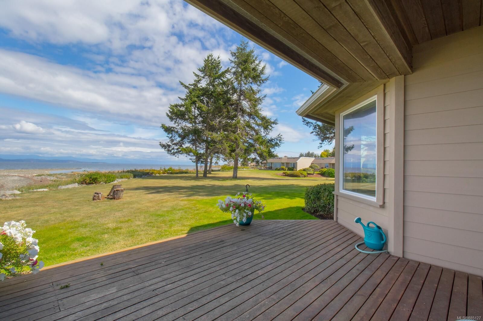 Photo 12: Photos: 26 529 Johnstone Rd in : PQ French Creek Row/Townhouse for sale (Parksville/Qualicum)  : MLS®# 885127