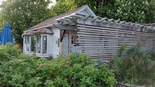 Photo 9: 122 Hereford St in : GI Salt Spring Mixed Use for sale (Gulf Islands)  : MLS®# 875343