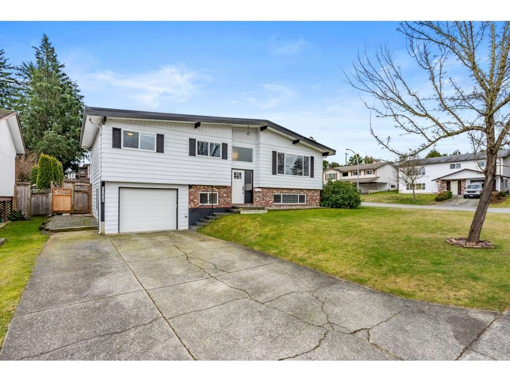 Main Photo: 32836 GATEFIELD Avenue in Abbotsford: Central Abbotsford House for sale : MLS®# R2547148