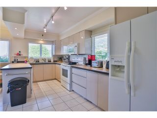 """Photo 15: 2095 MATHERS Avenue in West Vancouver: Ambleside House for sale in """"AMBLESIDE"""" : MLS®# V1078754"""