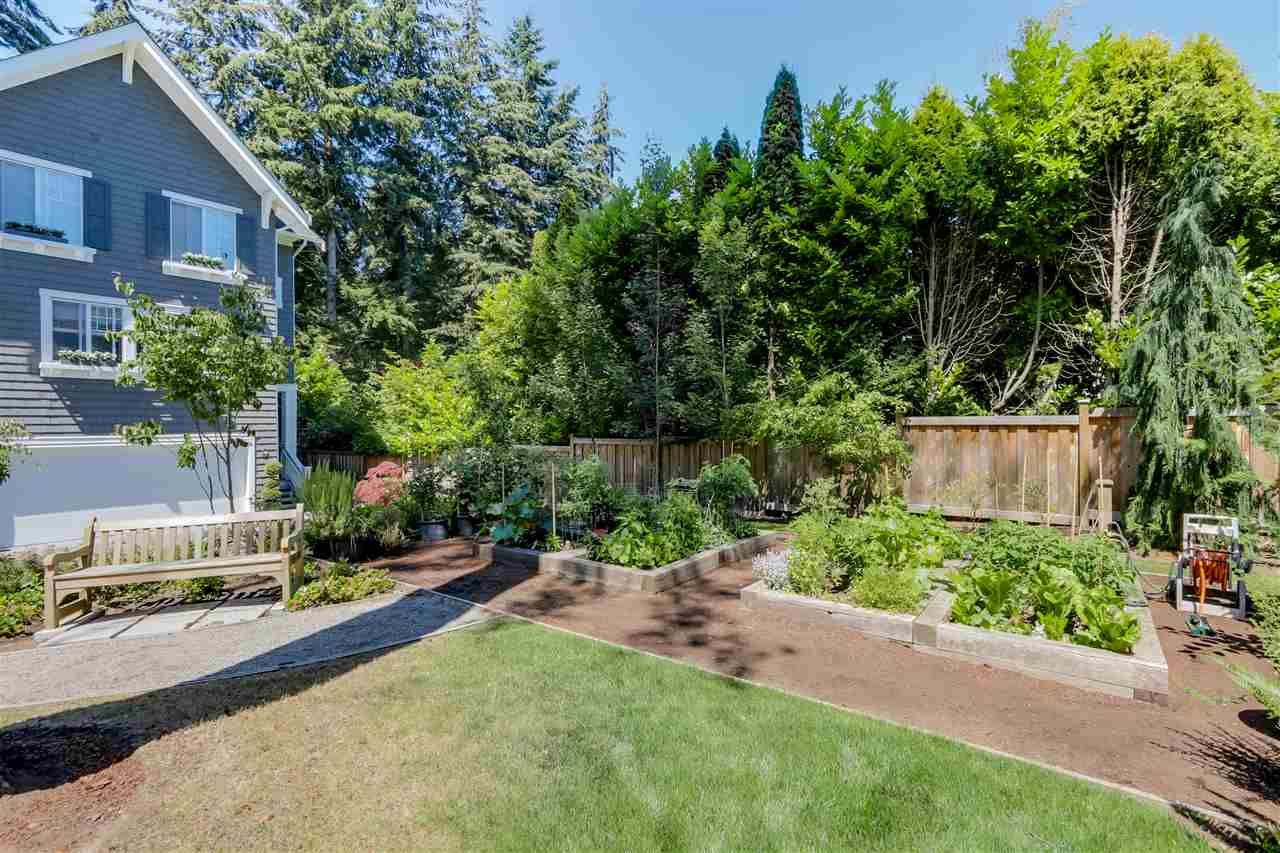 """Main Photo: 7 253 171 Street in Surrey: Pacific Douglas Townhouse for sale in """"On the course - Dawson/Sawyer"""" (South Surrey White Rock)  : MLS®# R2085813"""