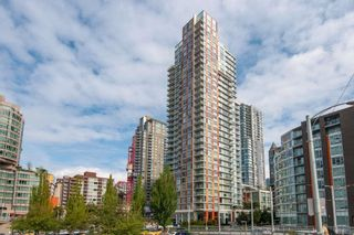 """Photo 1: 2901 1351 CONTINENTAL Street in Vancouver: Downtown VW Condo for sale in """"MADDOX BY CRESSEY"""" (Vancouver West)  : MLS®# R2594908"""
