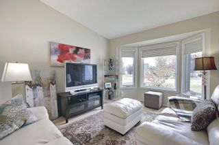 Photo 3: 12323 43 Street in Edmonton: Zone 23 House for sale : MLS®# E4258897