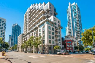 Photo 3: DOWNTOWN Condo for sale : 2 bedrooms : 1240 India #2403 in San Diego