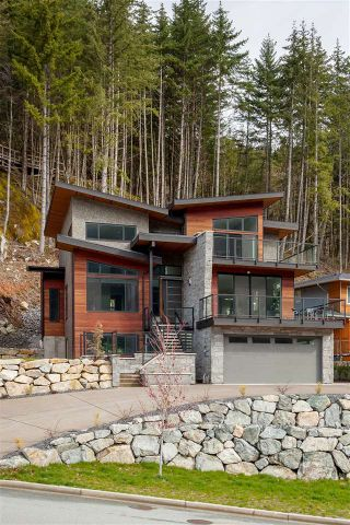 "Photo 19: 38532 SKY PILOT Drive in Squamish: Plateau House for sale in ""CRUMPIT WOODS"" : MLS®# R2259885"