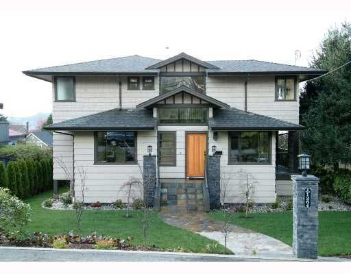 Main Photo: 1364 GORDON AVE in West Vancouver: Ambleside House for sale : MLS®# V803854