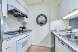 """Photo 11: 2304 1200 ALBERNI Street in Vancouver: West End VW Condo for sale in """"Palisades"""" (Vancouver West)  : MLS®# R2587109"""