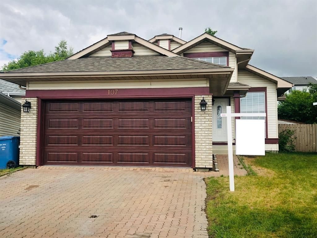 Main Photo: 107 Riverstone Close SE in Calgary: Riverbend Detached for sale : MLS®# A1135037