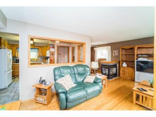 Photo 2: 1455 Somerville Avenue in WINNIPEG: Manitoba Other Residential for sale : MLS®# 1419393