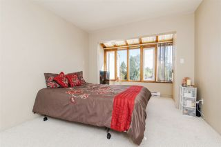 Photo 11: 968 CHARLAND Avenue in Coquitlam: Central Coquitlam 1/2 Duplex for sale : MLS®# R2114374