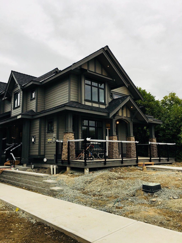 Main Photo: 4 703 Gauthier Avenue in Coquitlam: Coquitlam West 1/2 Duplex for sale
