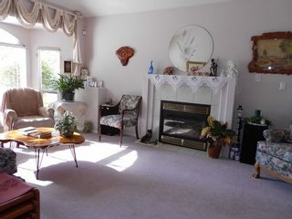 Photo 3: 6248 190TH Street in Cloverdale: Cloverdale BC Home for sale ()  : MLS®# F1312005