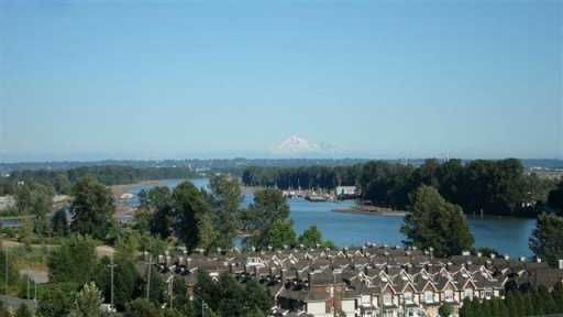 FEATURED LISTING: 805 2733 CHANDLERY PL Vancouver