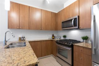 "Photo 5: 1703 280 ROSS Drive in New Westminster: Fraserview NW Condo for sale in ""THE CARLYLE AT VICTORIA HILL"" : MLS®# R2554815"