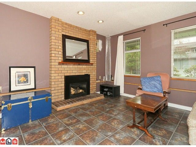 Photo 7: Photos: 13960 66TH Avenue in Surrey: East Newton House for sale : MLS®# F1112926