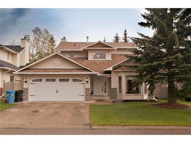 Main Photo: 114 DOUGLAS WOODS Court SE in Calgary: Douglasdale/Glen House for sale : MLS®# C4063831