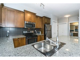 Photo 8: 208 17712 57A AVENUE in Surrey: Cloverdale BC Condo for sale (Cloverdale)  : MLS®# R2327988