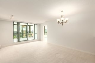 """Photo 2: 1602 7380 ELMBRIDGE Way in Richmond: Brighouse Condo for sale in """"The Residences"""" : MLS®# R2615275"""