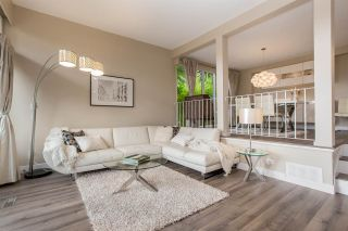 """Photo 2: 1078 LILLOOET Road in North Vancouver: Lynnmour Townhouse for sale in """"Lillooet Place"""" : MLS®# R2305886"""