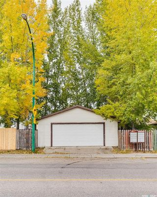 Photo 33: 2 Gray Avenue in Saskatoon: Forest Grove Residential for sale : MLS®# SK859432