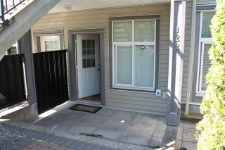 """Photo 3: 122 7333 16TH Avenue in Burnaby: Edmonds BE Townhouse for sale in """"SOUTHGATE"""" (Burnaby East)  : MLS®# R2202117"""