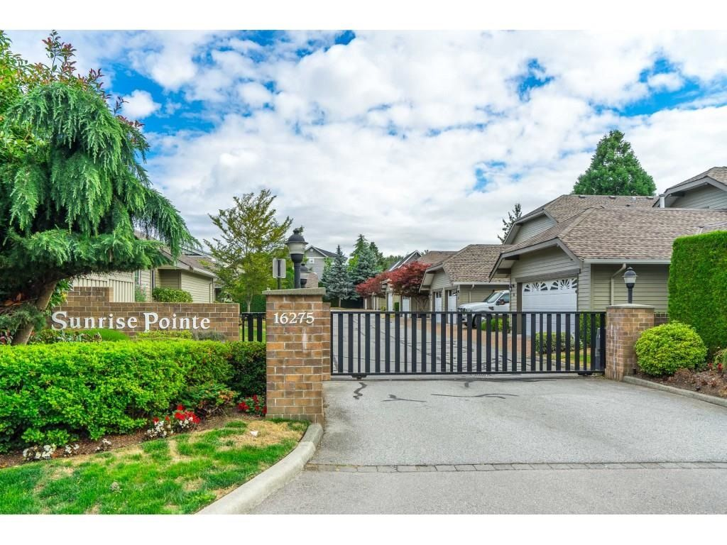 """Main Photo: 149 16275 15 Avenue in Surrey: King George Corridor Townhouse for sale in """"Sunrise Pointe"""" (South Surrey White Rock)  : MLS®# R2604044"""