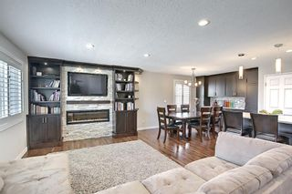 Photo 5: 5919 Pinepoint Drive NE in Calgary: Pineridge Detached for sale : MLS®# A1111211