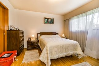"""Photo 8: 3305 E 25TH Avenue in Vancouver: Renfrew Heights House for sale in """"RENFREW HEIGHTS"""" (Vancouver East)  : MLS®# R2097211"""